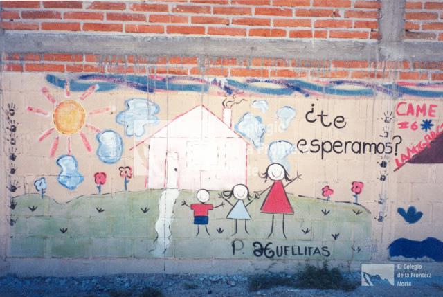 Mural en barda de casa del migrante en altar sonora for Mural de la casa del migrante